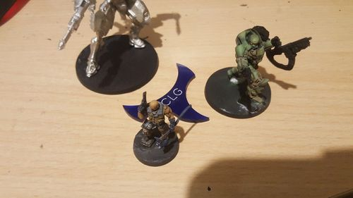 Thumbnail position marker for Infinity the Game blue methacrylate