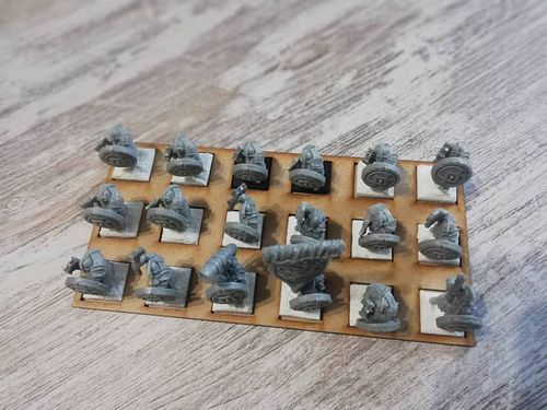 Tray of movement in harasser of 18 miniatures of 20x20mm